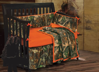 Baby Oak Camo 4-Piece Crib Set